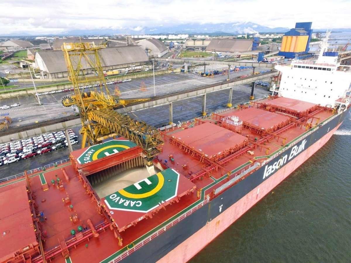 Resultado de imagem para navio graneleiro