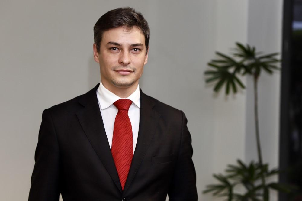 diretor administrativo financeiro