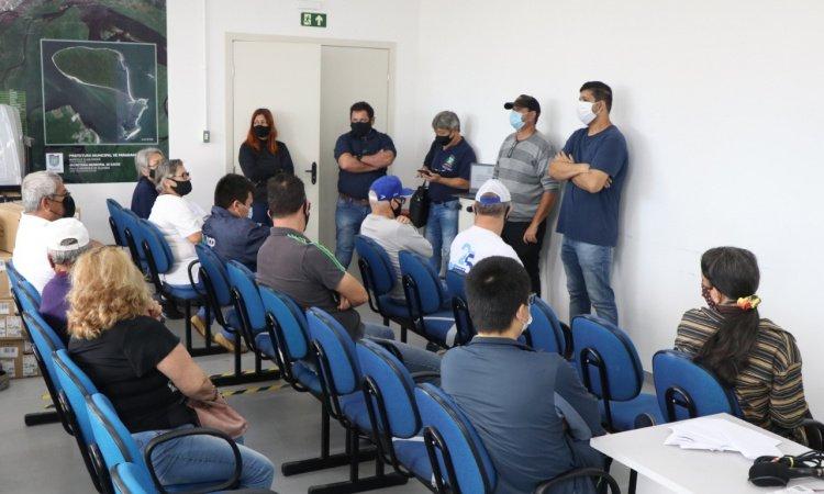 Prefeitura de Paranaguá reforça medidas contra a Covid-19 junto a permissionários e proprietários de bares e lanchonetes