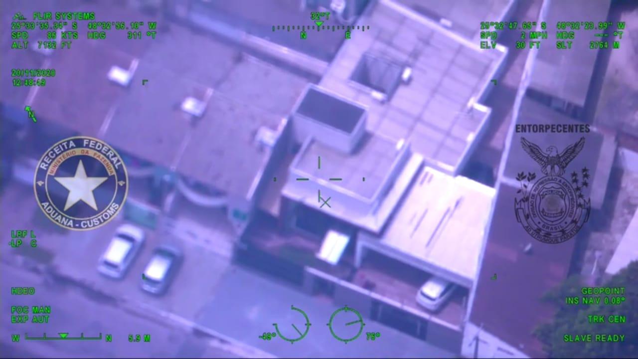 Helicópteros monitoram alvos da Operação Enterprise deflagrada pela PF e RFB em Paranaguá