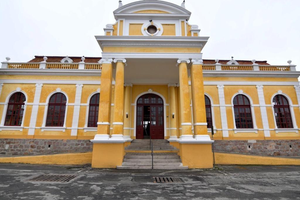 Estação Ferroviária de Paranaguá está recebendo cerca de 50 visitantes por dia
