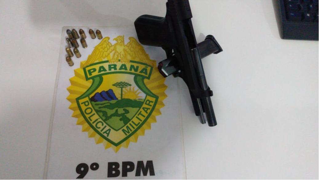 Rapaz é flagrado pela PM com pistola na cintura em Pontal do Paraná