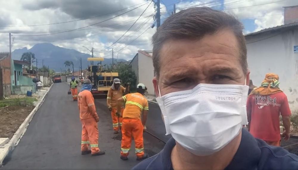 Obras de pavimentação avançam em Paranaguá