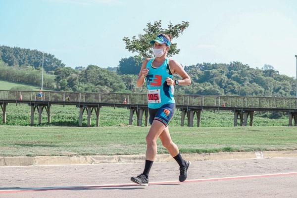 Com raízes em Paranaguá, atleta se classifica para a Seleção Brasileira de Ultramaratona
