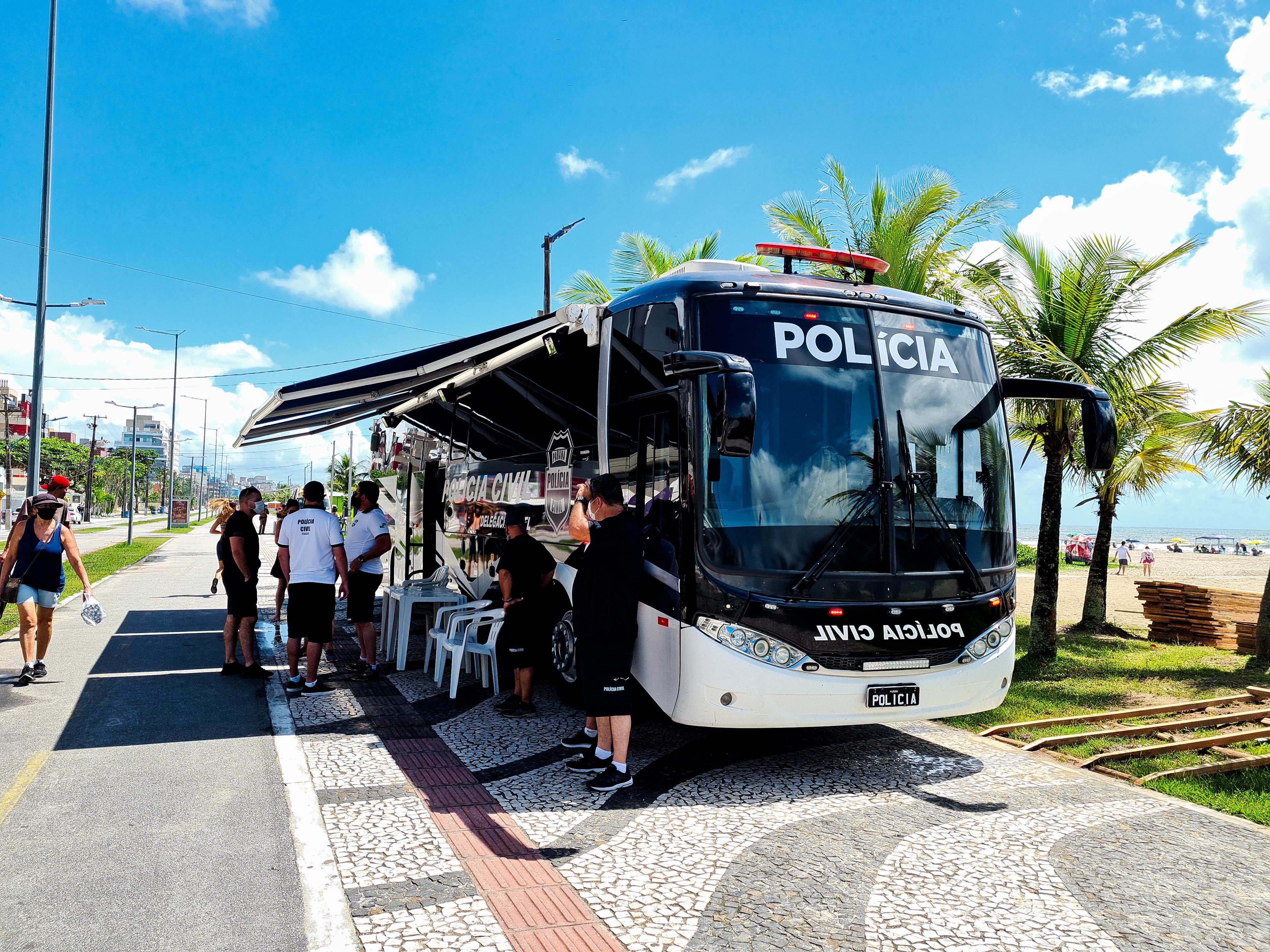 PCPR inicia atuação com Delegacia Móvel no Litoral