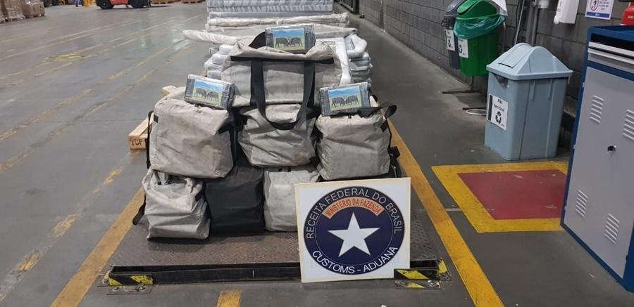Contêiner carregado com sementes de gergelim escondia 222 quilos de cocaína