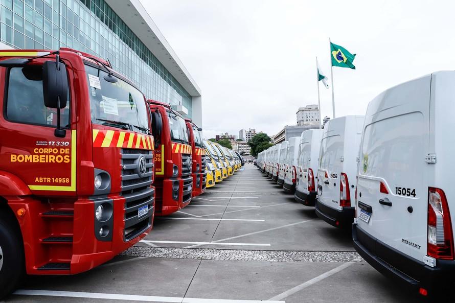 Entrega de mais 60 veículos reforça segurança no Estado