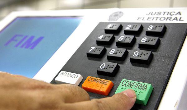 TRE-PR explica como justificar ausência às urnas