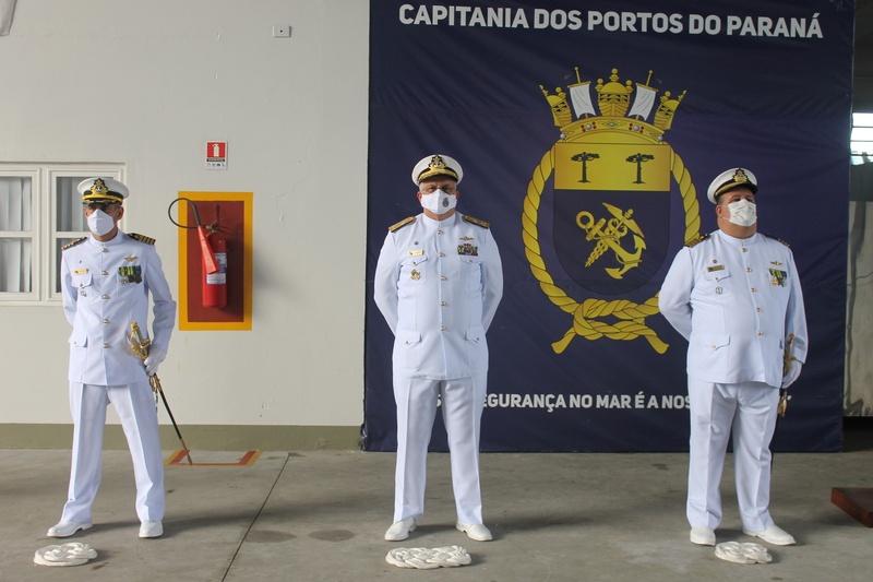 Capitania dos Portos realiza cerimônia de passagem de comando