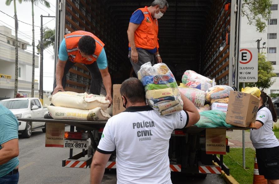 PCPR entrega à Defesa Civil 5 toneladas de doações