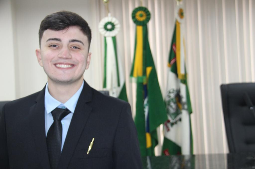 Bruno Renosto reforça o compromisso da força jovem na Câmara de Paranaguá
