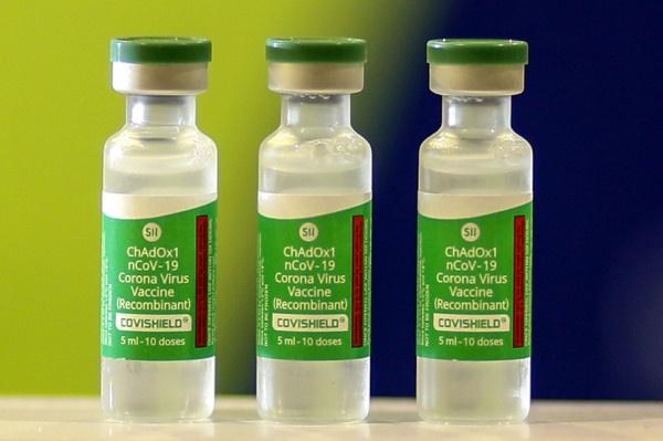 Paranaguá já recebeu 1.122 doses Coronavac e 870 da AstraZeneca