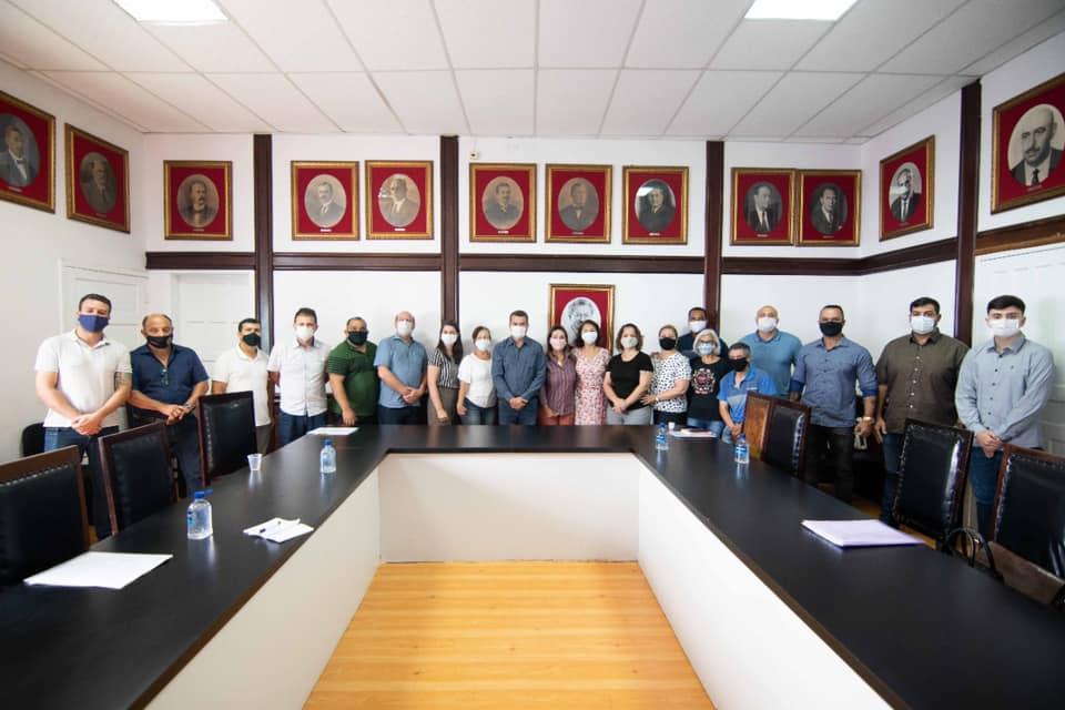 Paranaguá faz repasse a entidades filantrópicas que atuam na área de Educação
