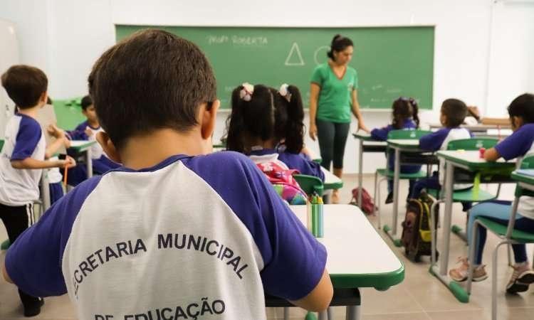 Secretaria de Educação de Paranaguá divulga edital para efetivação de matrículas em Cmeis