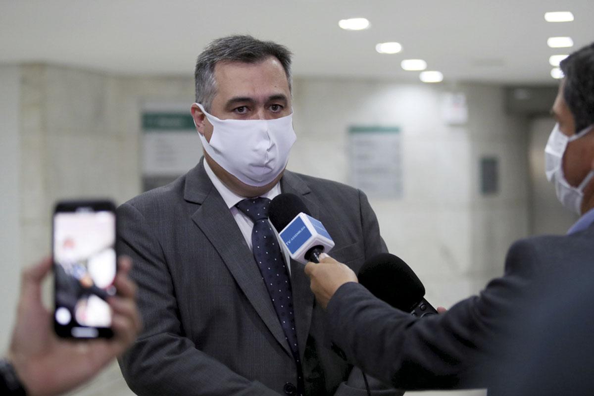 Secretário fala sobre alta de casos