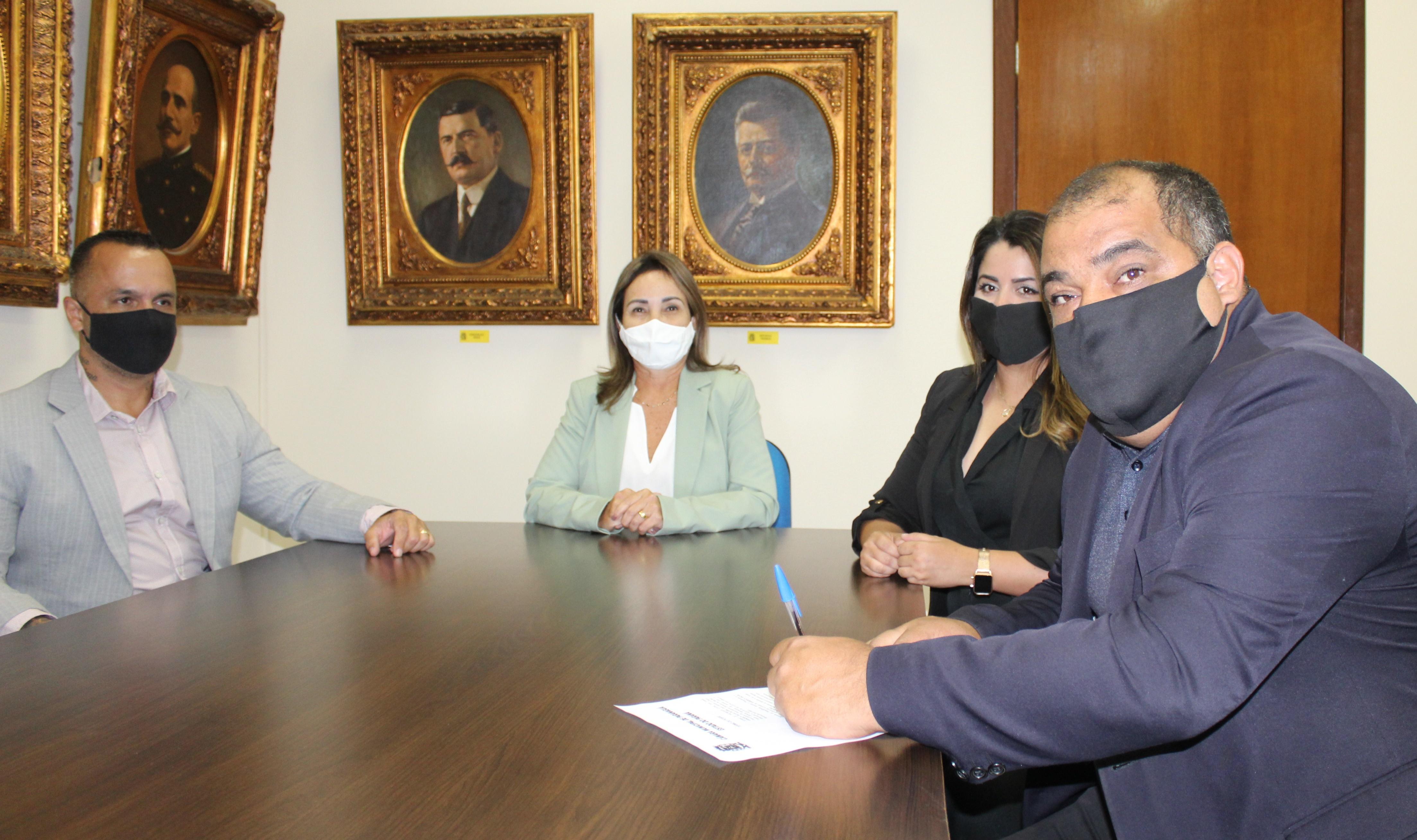 O presidente da Câmara de Vereadores, Fábio Santos, falou da importância do ato.