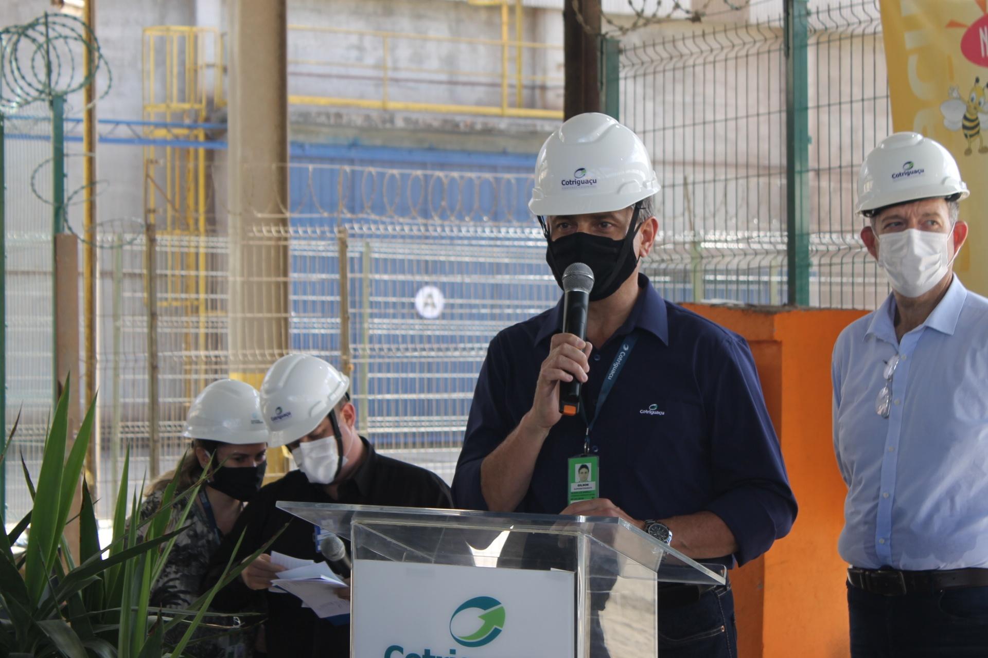 """""""Esta obra foi dedicada aos nossos clientes, aos nossos colaboradores pela segurança, mas aos clientes que são nossa razão de ser no Porto de Paranaguá"""", destaca o superintendente da Cotriguaçu, Gilson Luiz Anizelli"""