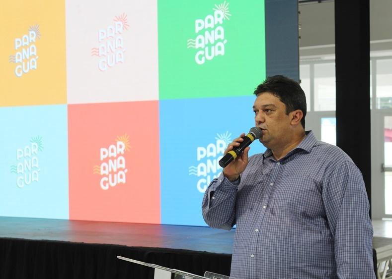 secretário de Cultura e Turismo de Paranaguá, Harrison Camargo