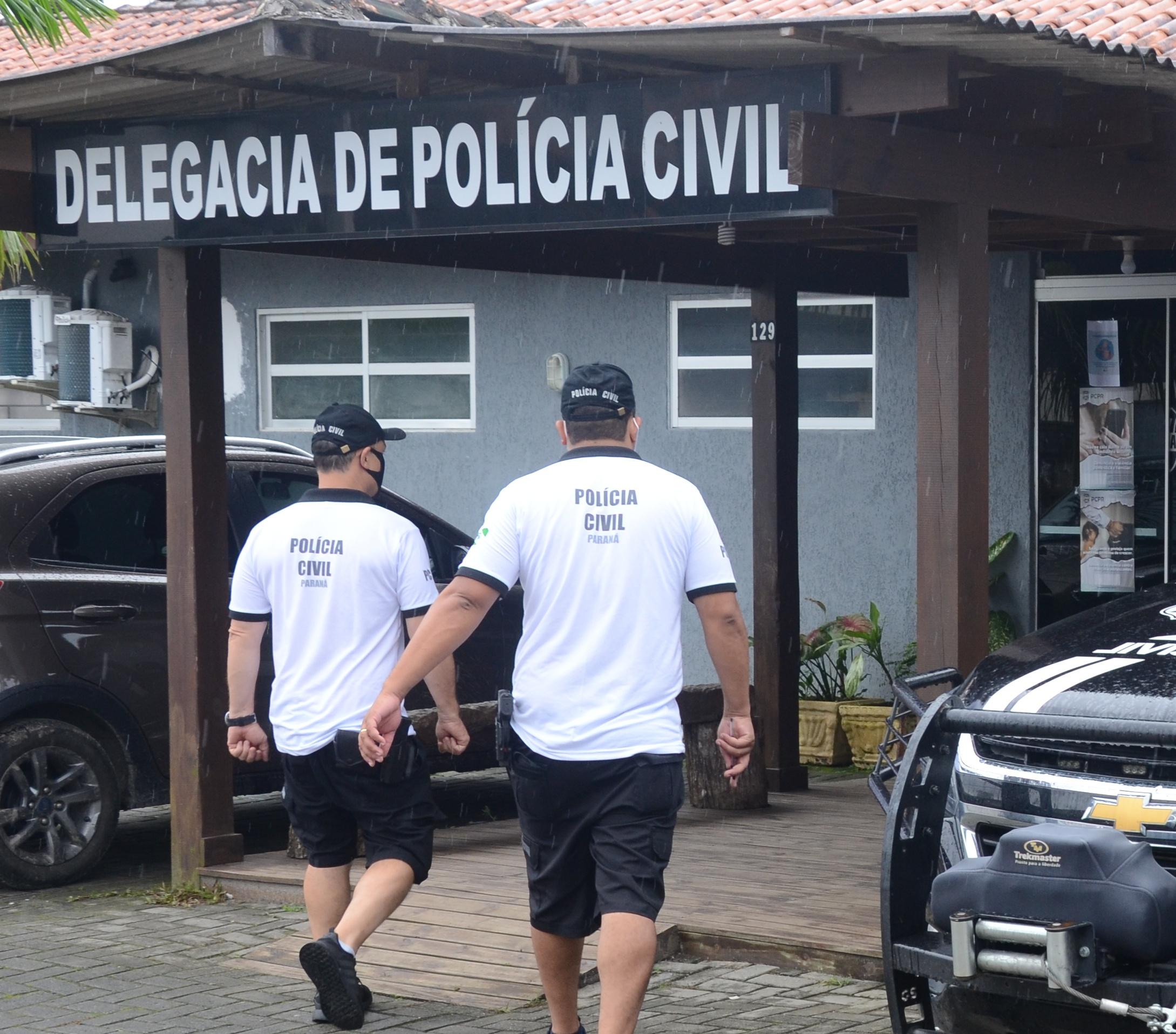 PCPR prende homem em flagrante por maus-tratos a animal em Pontal do Paraná