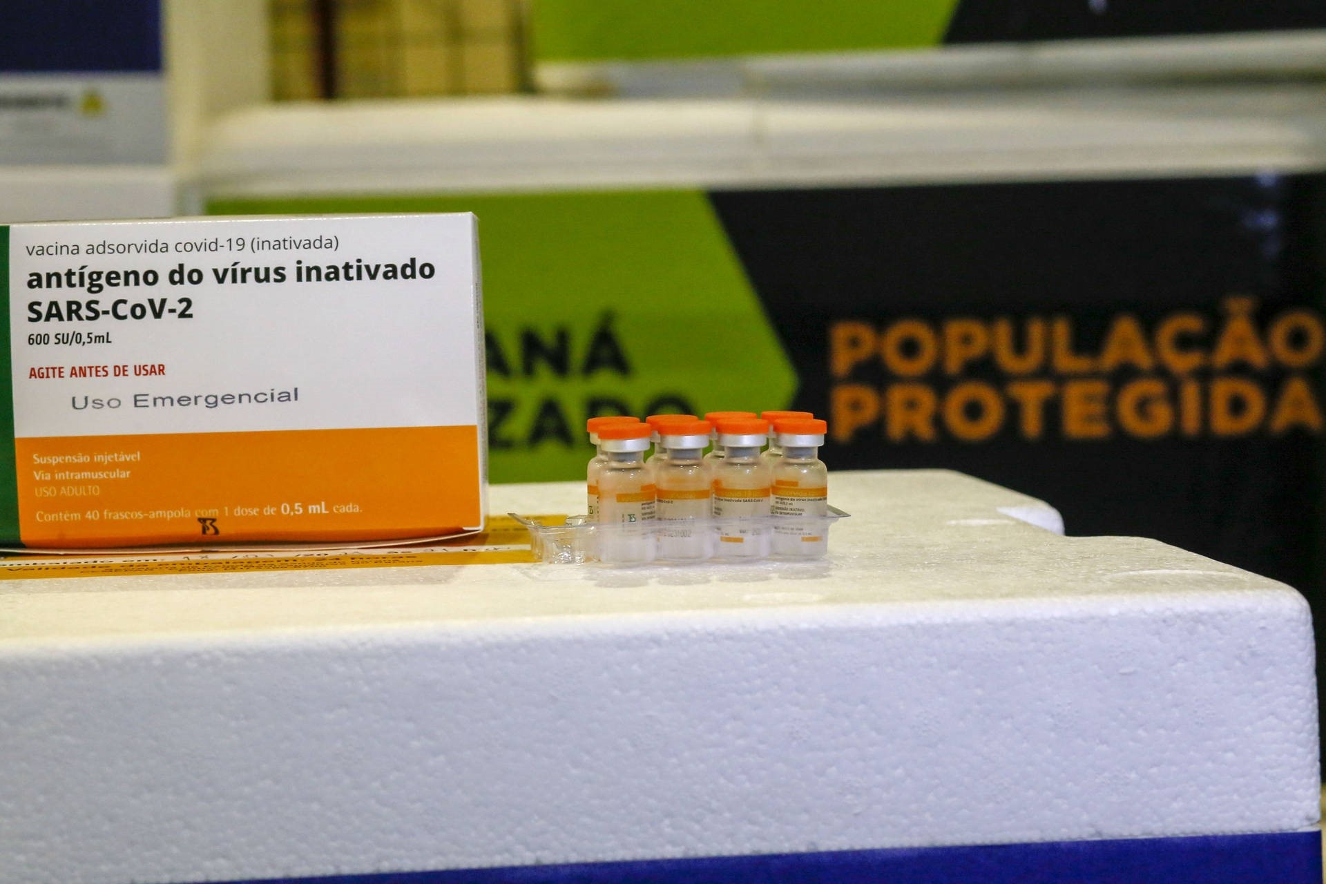 Paraná recebe nova remessa e ultrapassa 1 milhão de doses de vacina