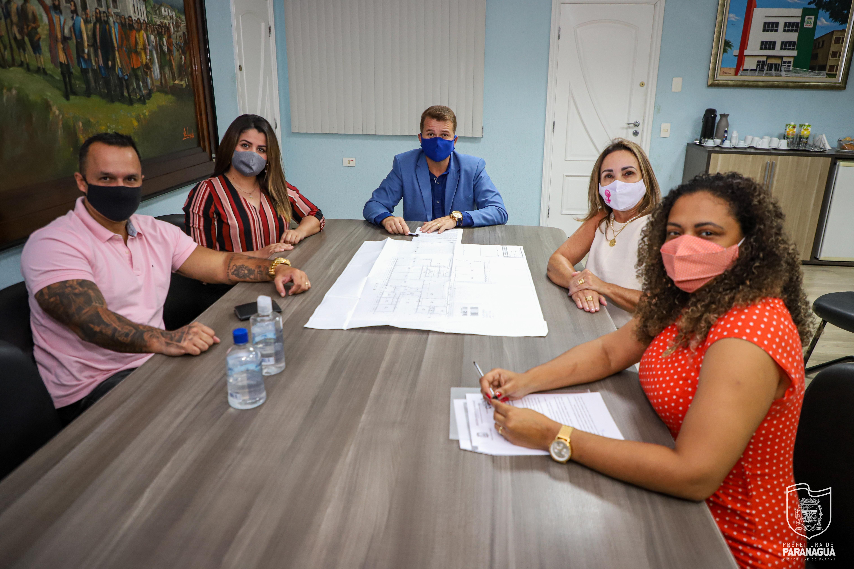 No dia da mulher, autoridades propõem a abertura da Casa da Mulher