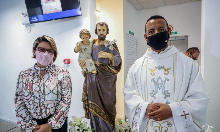 Missa em louvor a São José é celebrada na Prefeitura de Paranaguá