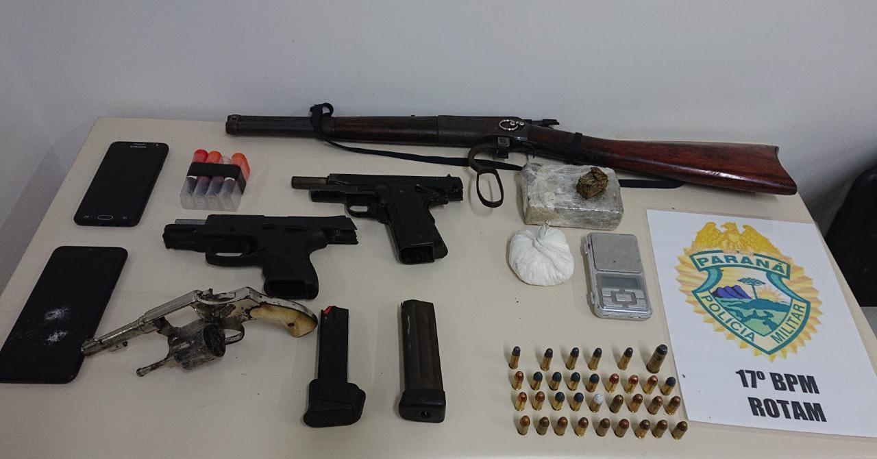 Operação da Polícia Militar no Jardim Iguaçu apreende arsenal de armas de fogo e drogas