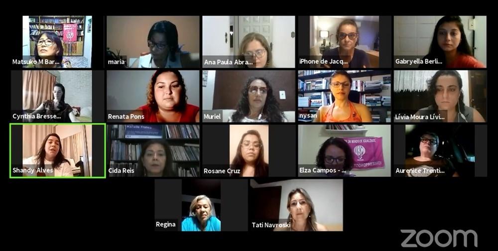 Temas relevantes à vida das mulheres são debatidos em encontro on-line