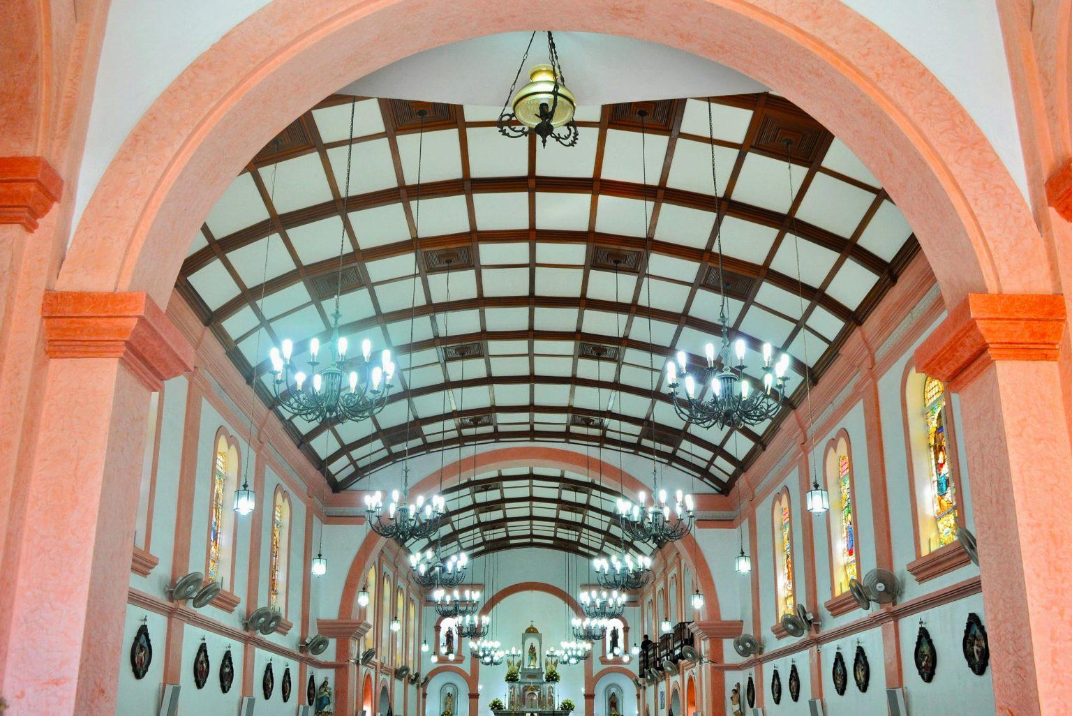 Missas presenciais voltam a ser permitidas em Paranaguá
