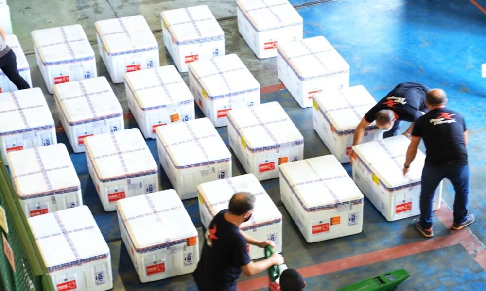 Paraná recebe maior lote de vacinas contra a Covid-19