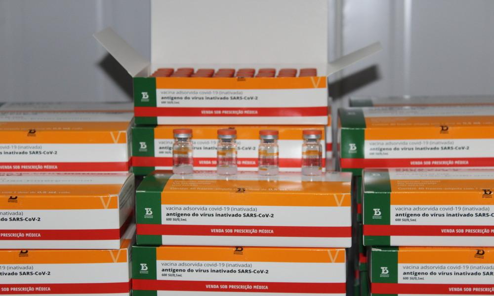 CoronaVac é eficaz contra variantes brasileiras do Coronavírus, diz Sinovac