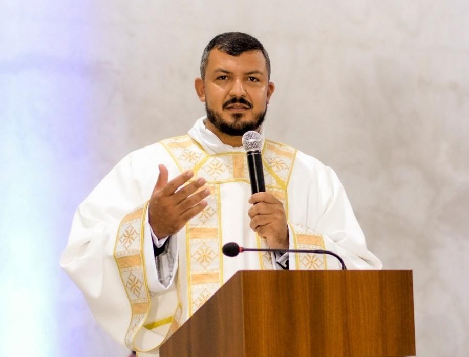 Diocese de Paranaguá ordena Novo Sacerdote